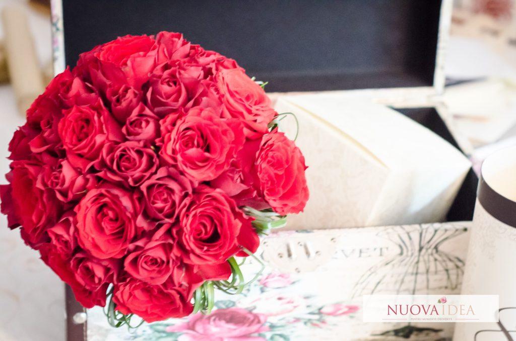 Buchet trandafiri mireasa